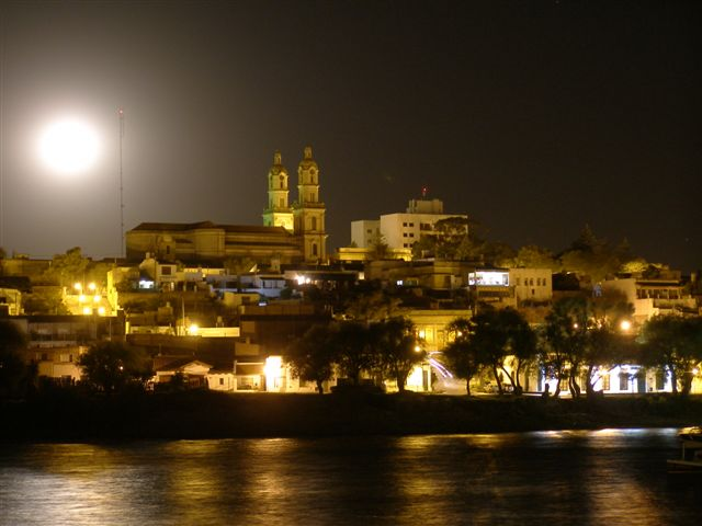 Carmen de Patagones by night