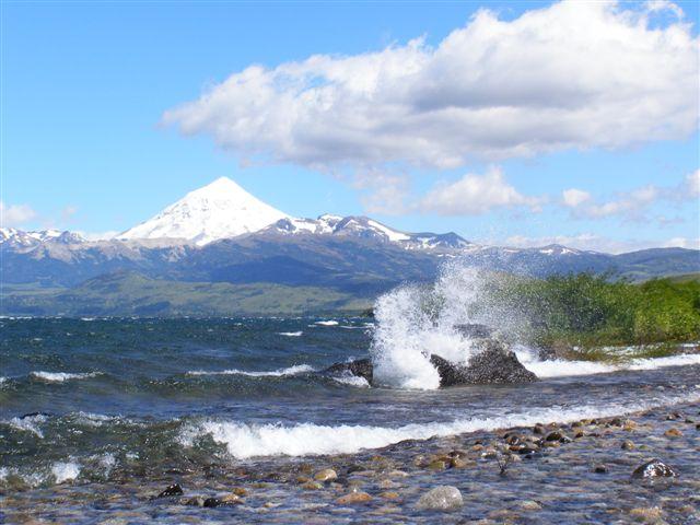 Vulkaan Lanin en meer Huechulafquen
