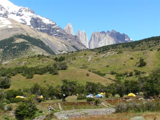 Chili - camping - Torres del Paine park
