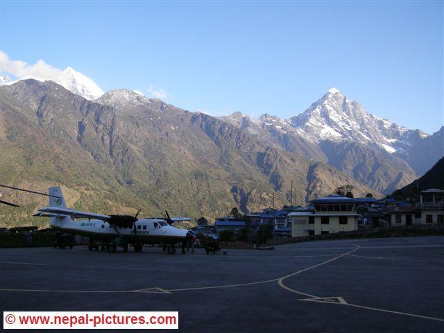 Lukla, vliegveld, Everest regio