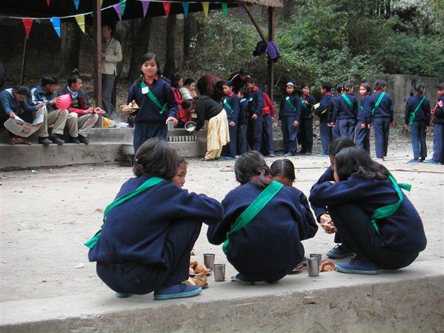 sportdag kinderhuis Hamro Ghar