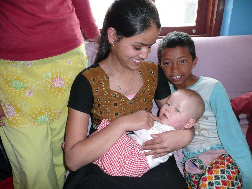 Puja met Yalisha