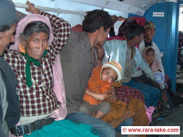vliegen van Talcha naar Surkhet